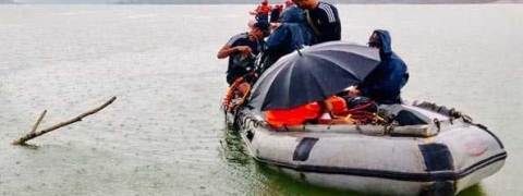 Navy team joins search operation in Imphal River