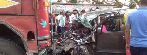 Five members of a family die in a road accident