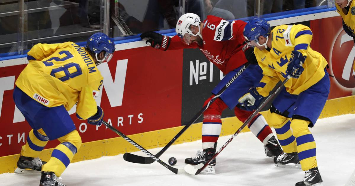 Sweden trash Norway 9-1 in ice hockey worlds