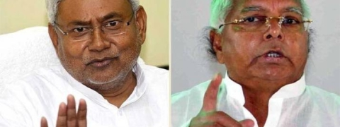 Lalu-Nitish verbal duel intensifies before last phase of election