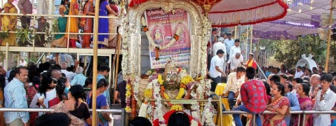Thousands of devotes witnesses Nijaroopa darshan at Simhachalamam temple