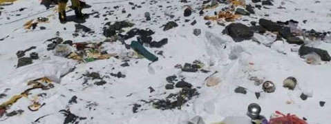 Nepal clears Mt Everest of tonnes of trash