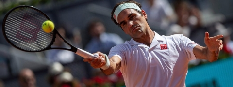 Federer withdraws from Italian open with right leg injury