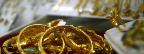 Flying squad seizes 3.5 kg of gold jewels from car