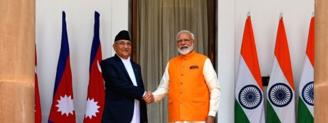 Modi meets Nepal PM, reiterates his commitment