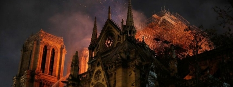 Tycoons promised millions after Notre Dame fire, paid nothing