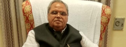 Delhi based TV channels wrongly projecting Kashmir situation: Governor