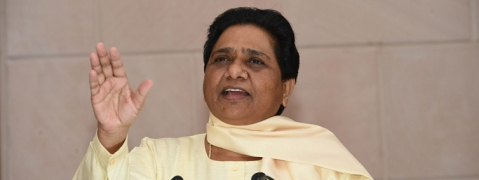 Mayawati to go it alone in UP poll