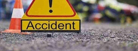 Two killed, 7 hurt as car hits parapet wall of check dam