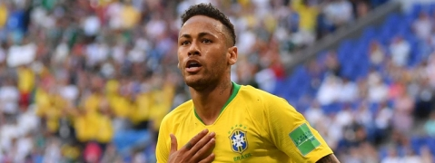 Neymar returns to Brazil national squad