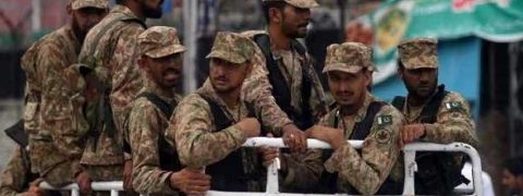 Pakistan military to cut defence budget