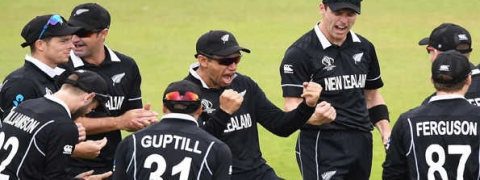 New Zealand outclass India by 18 runs to enter final of ICC World Cup