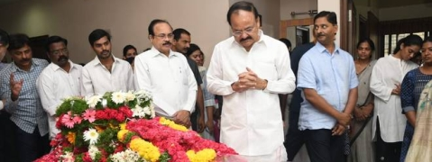 Deeply saddened by demise of Jaipal Reddy: Naidu