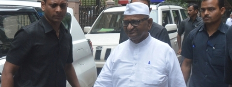 Nimbalkar murder case: Anna Hazare appears before CBI court
