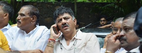 One rebel K'taka Cong MLA backtracks after meeting DK Shivakumar?