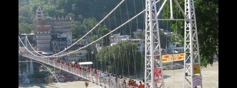 Lakshman Jhula bridge closed