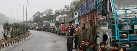 Traffic suspended on Kashmir highway, Leh road reopened