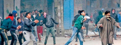 Stone-pelting cases lower in Kashmir under Governor's rule
