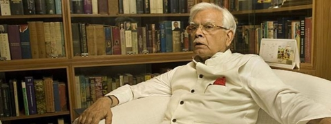 Natwar Singh joins the chorus backing Priyanka for Congress Chief Post