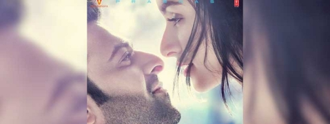Makers release new poster of 'Saaho' featuring Prabhas, Shraddha