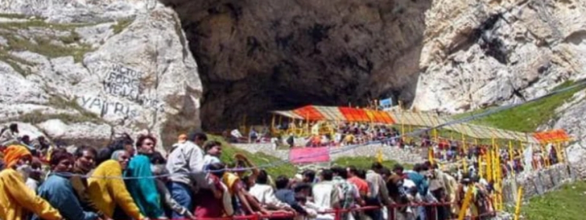Pilgrim hailing from MP dies near Amarnath cave