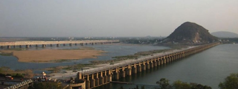 River Krishna continues to be in spate