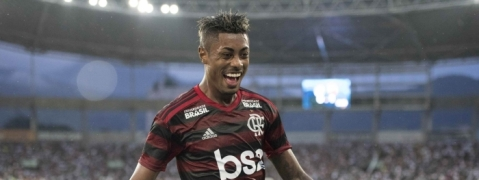 Henrique marks Brazil call-up with brace as Flamengo rout Vasco