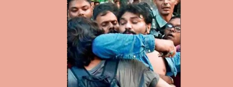 Babul Supriyo heckled by students at Jadavpur University