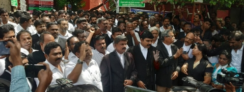 Madras lawyers protest CJ's transfer