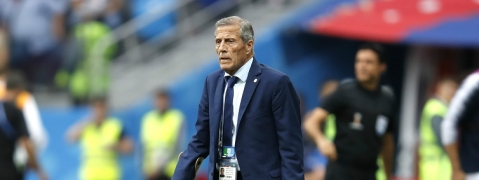 Uruguay boss Tabarez puts faith in youth for friendlies