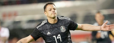Sevilla sign Mexican international striker Javier Hernandez