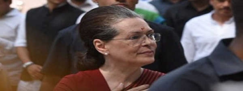 Sonia lauds ISRO for Chandrayan-2, says every obstacle stepping stone to future success