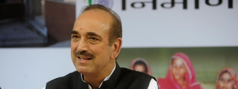 Azad says crisis unfolding in Valley