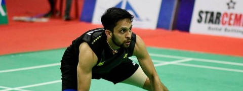 Kashyap goes down to Momota in semis, India's campaign ends