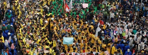 Students protest across Indonesia over new criminal code