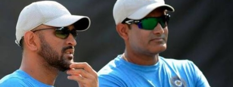 Anil Kumble indicates MS Dhoni needs an exit plan