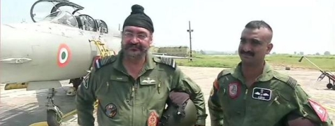 IAF Chief, Wing Commander Varthaman fly MiG-21 Bison together