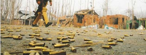 Around 11 houses damaged, 3 persons hurt in Srinagar massive fire