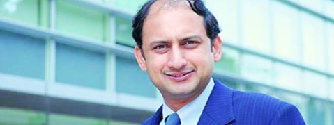 Viral Acharya for heavy disinvestment