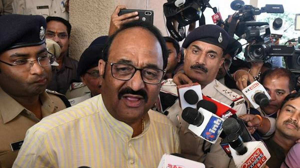 MP Speaker accepts resignations of 16 Cong MLAs