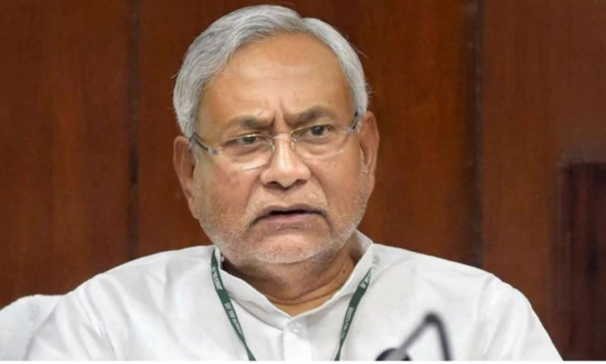 Sending people by special buses may spread corona: Nitish