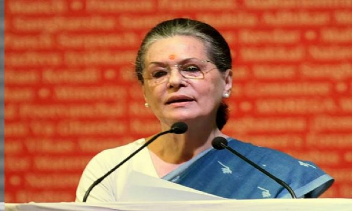 Sonia writes to PM on plight of migrant workers