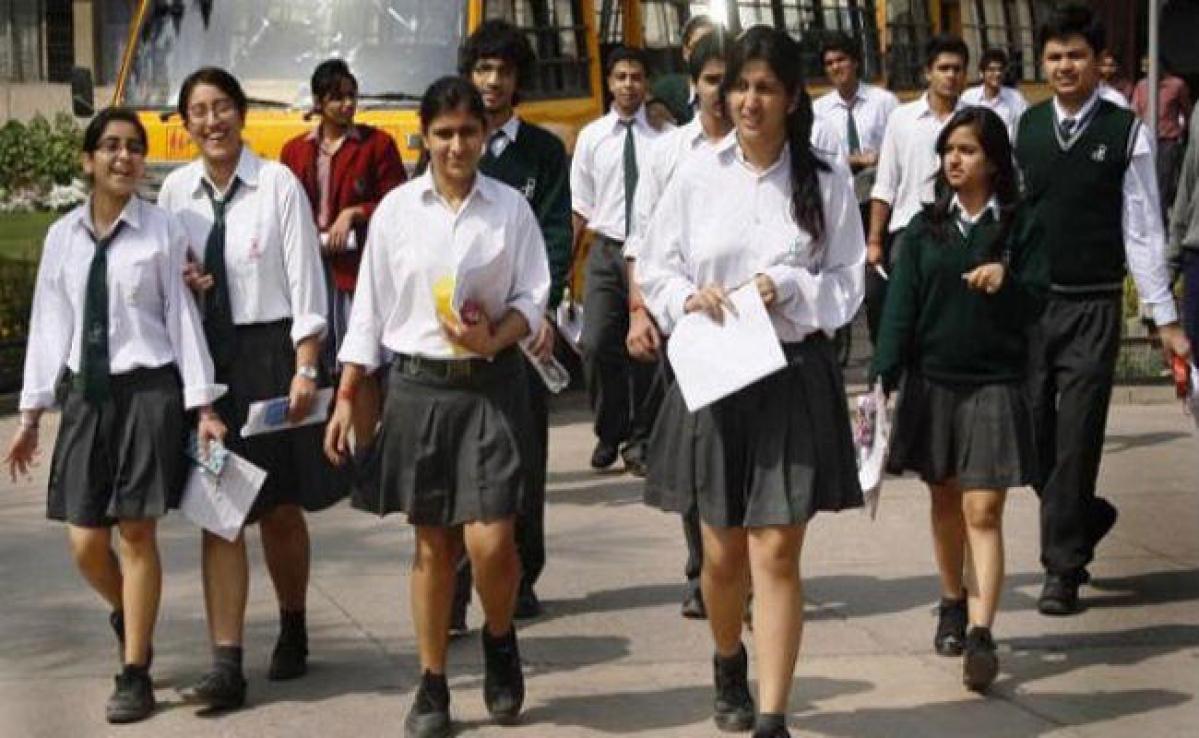 CBSE Exam 2020 :10वीं साइंस की परीक्षा हुई आयोजित, उत्तर पूर्वी दिल्ली में 98% प्रतिशत छात्र रहे उपस्थित