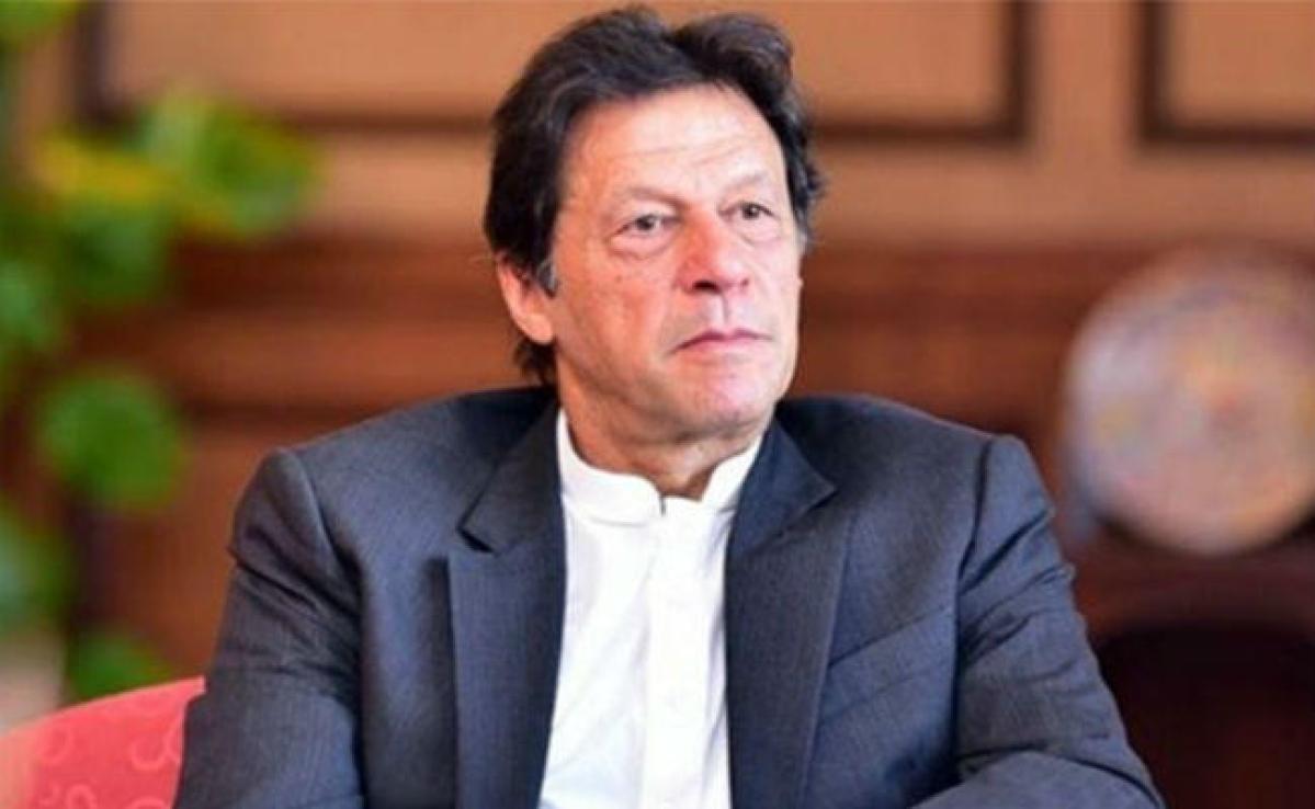 'एक तो कोरोना, दूसरा पैसे का संकट', अब क्या करेंगे पाकिस्तानी पीएम इमरान खान