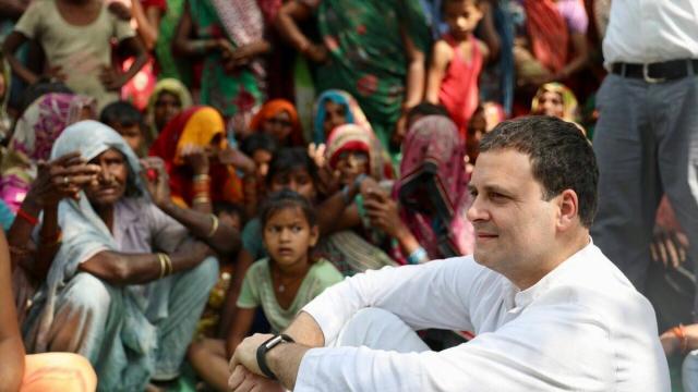 کانگریس صدر راہل گاندھی عوام کے درمیان
