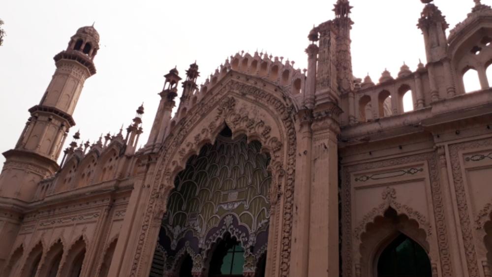 لکھنؤ کی شاہی جامع مسجد