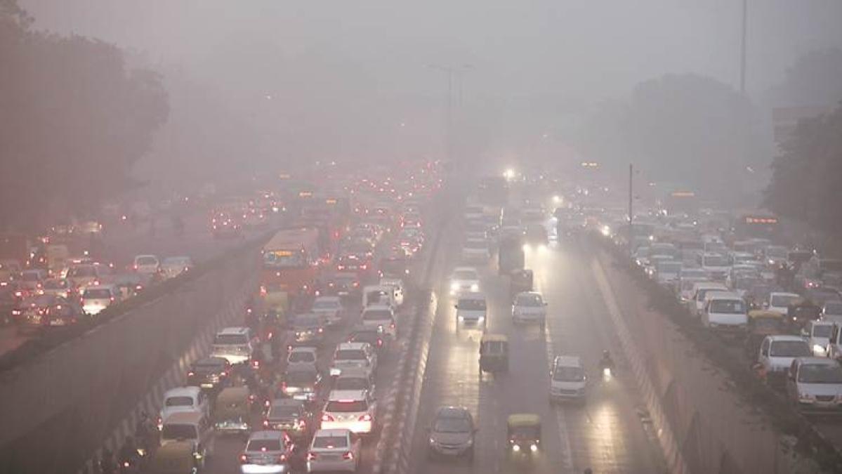 دہلی کی زہر آلود فضا کے پیش نظر 'ایمرجنسی' نافذ، 10 دن تک تعمیرات پر پابندی