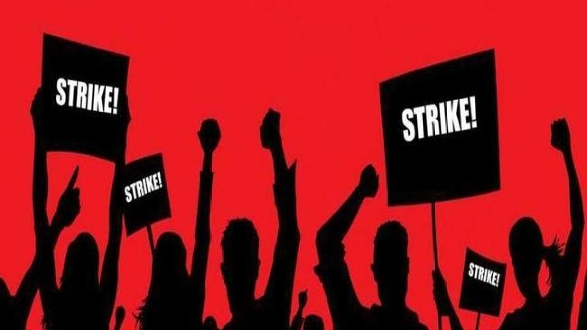 مشکل میں یوگی حکومت، نجکاری کے خلاف 1.5 ملین ملازمین و انجینئرس کی ہڑتال