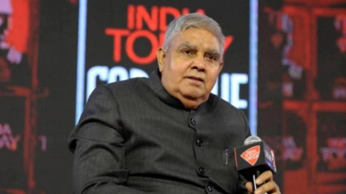 بنگال تقسیم کو تاریخی قرار دینے والے ٹوئٹ کو گورنر نے ڈلیٹ کیا