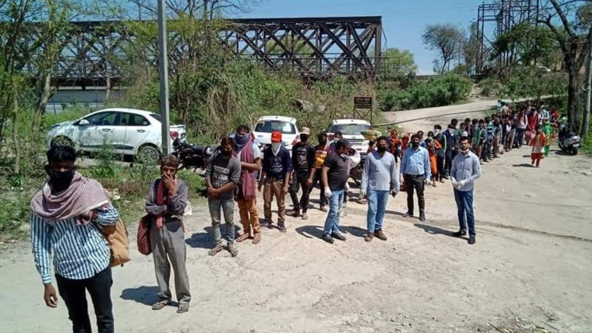 لاک ڈاؤن: اتراکھنڈ سے بجنور اپنے گاؤں پہنچے مزدوروں نے بیان کی دردناک کہانی